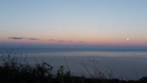 Sonnenaufgang im Dezember an der Ostküste des Pilion (Festland von Griechenland)